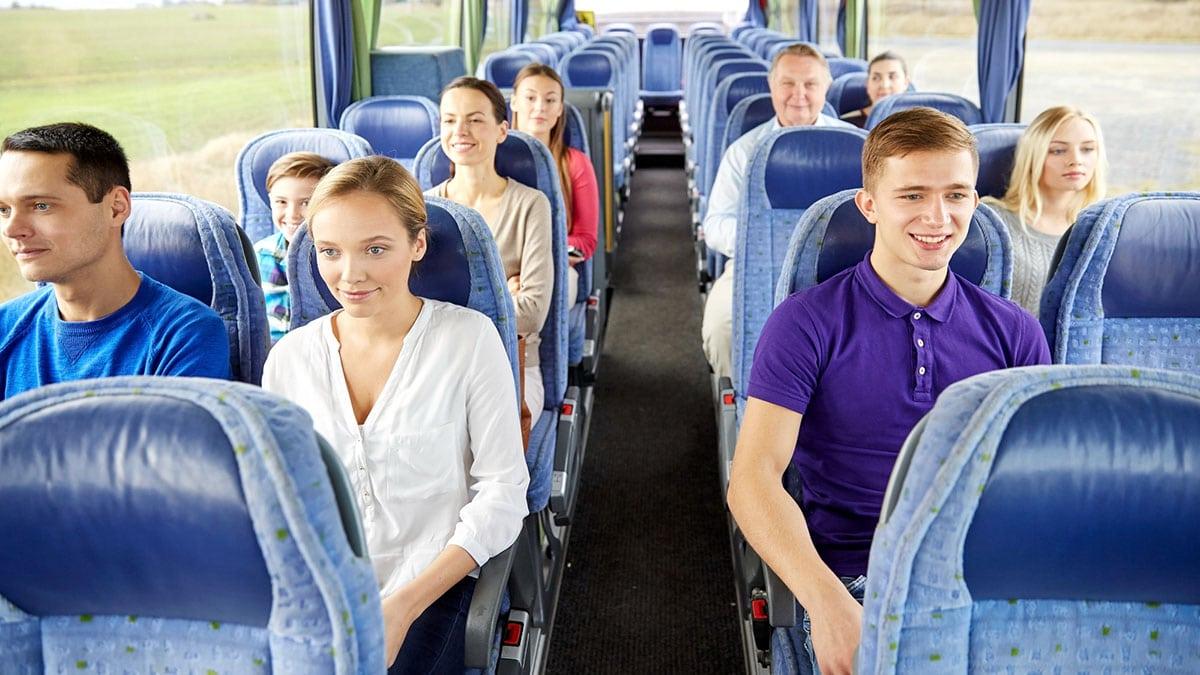 Туристи у автобусі